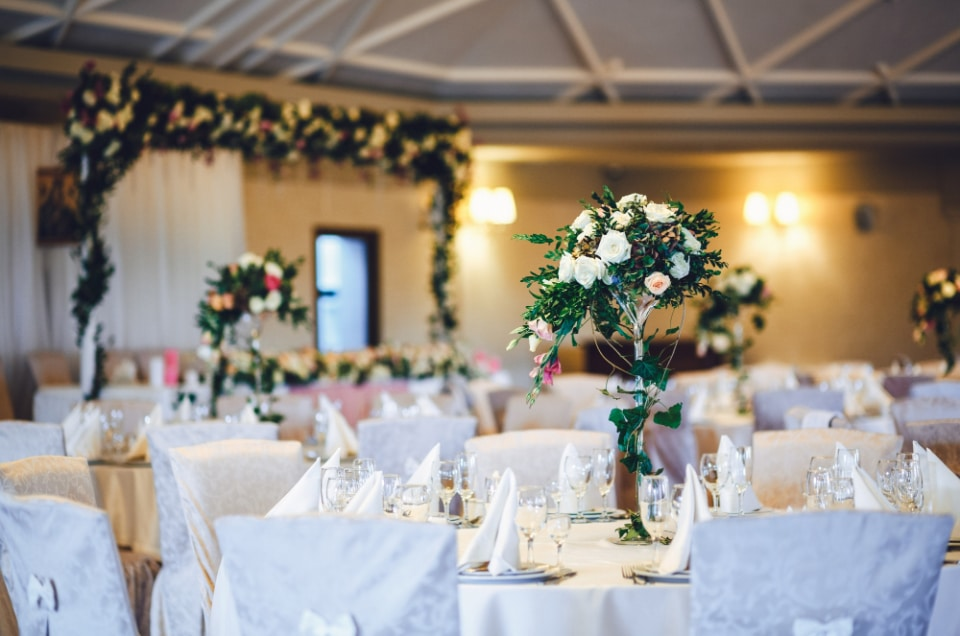 Cum poti alege decorul nuntii? Cateva sfaturi de care sa tii cont